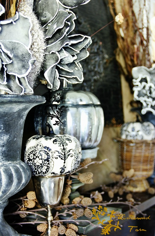 fall_mantel_old_fireplace1